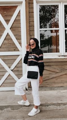 Hijab Casual, Ootd Hijab, Modest Fashion Hijab, Modern Hijab Fashion, Hijab Fashion Inspiration, Hijab Chic, Muslim Fashion, Fashion Outfits, High Street Fashion