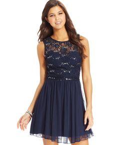 Speechelss Juniors' Sequin Lace Dress