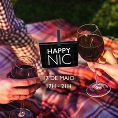 O happy-hour ganhou um upgrade com o Happy Nic! Comemorando a 6ª edição do #DayOfDiscovery o @renaissancesaopaulo apresenta uma noite para celebrar novas descobertas! Divirta-se com atividades de um autêntico picnic combinado com a experiência Renaissance! Música ao vivo novas pessoas criações gastronômicas e drinks únicos. Quarta-feira 17 de Maio às 17h. #HappyNic  via HARPER'S BAZAAR BRAZIL MAGAZINE OFFICIAL INSTAGRAM - Fashion Campaigns  Haute Couture  Advertising  Editorial Photography…