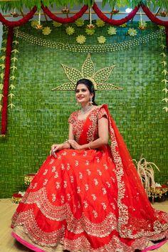 Half Saree Lehenga, Saree Gown, Lehnga Dress, Bridal Lehenga Choli, Saree Wedding, Pattu Saree Blouse Designs, Half Saree Designs, Lehenga Designs, Bridal Sarees South Indian