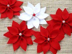 Ponsettia, a flor do natal feita em artesanato com feltro