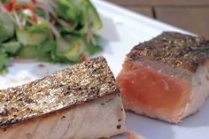 Salmon Fillet With Crispy Skin And Thai Cucumber Salad - Weber Salad Recipes Healthy Lunch, Salad Recipes For Dinner, Chicken Salad Recipes, Salmon Recipes, Seafood Recipes, Clean Eating Salate, Thai Cucumber Salad, Low Carb Meal, Grilled Seafood
