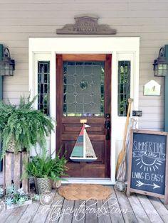 Cottage front porch for summer #diy