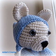 Bit of Color: Beertje in pijama Crochet Teddy, Crochet Bear, Diy Crochet, Crochet Toys, Pajama Pattern, Teddy Bear Toys, Crochet Amigurumi Free Patterns, Simple Bags, Baby Cardigan