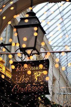 ~ lights ~ Les Coulisses, Paris