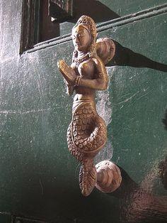 INDIAN DOOR HANDLE