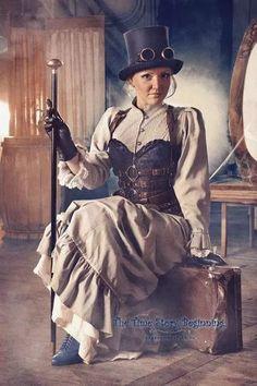 Klassisches Steampunk Outfit für Frauen, Capharnaum Steampunk