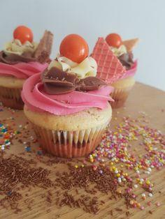 Cool Kids, Sweet Tooth, Vanilla, Chocolate, Desserts, Fun, Tailgate Desserts, Deserts, Chocolates