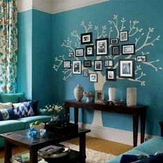 Arbol genealógico con fotos en pared