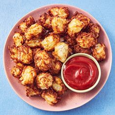 Air Fryer Tater Tots - Delish.com Homemade Tater Tots, Russet Potato Recipes, Tater Tot Recipes, Potato Tots, Shredded Potatoes, Russet Potatoes, Healthy Snacks For Kids, Air Fryer Recipes, Delish