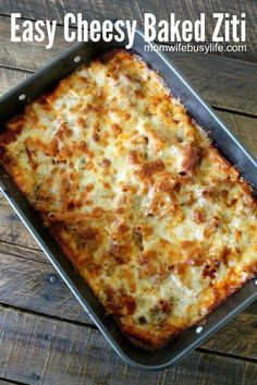 Easy Cheesy Baked Ziti Dinner Recipe is a family favorite! Love this super cheesy dinner recipe! Easy Cheesy Baked Ziti Dinner Recipe is a family favorite! Love this super cheesy dinner recipe! Easy Baked Ziti, Cheesy Baked Ziti Recipe, Baked Ziti With Ricotta, Baked Ziti Recipes With Ground Beef, Baked Rigatoni, Cheesy Recipes, Italian Recipes, Beef Recipes, Cooking Recipes