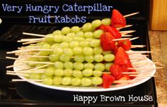 Adorable Very Hungry Caterpillar Fruit Kabobs from @Sara Eriksson @Sara @HappyBrownHouse www.happybrownhouse.com