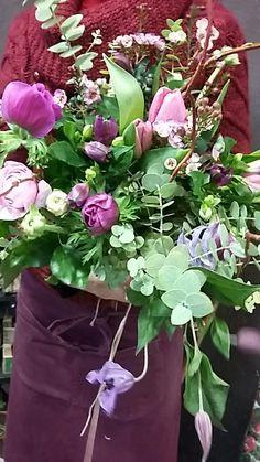 pingl par maylys artisan fleuriste sur bouquets pinterest travaux. Black Bedroom Furniture Sets. Home Design Ideas
