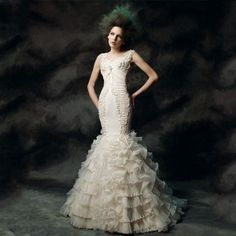 Trumpet ruffles ivory fantasy sexy wedding dress