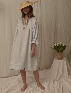 This easy fit linen dress from Ren London comes in a beautiful light blue colour. It's a sustainable fashion staple made from a natural linen. Fashion Photography Inspiration, Style Inspiration, Shooting Studio, Clothing Photography, Product Photography, Ethical Fashion, Sustainable Fashion, Women Wear, White Dress