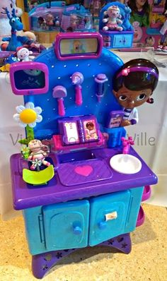 Doc McStuffins Feel Better Checkup Station from Just Play Demo'ed at Sweet Suite '13 #SweetSuite13 #DocMcStuffins