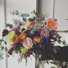 Adore this wedding bouquet by Grace and Thorn! Lovely lilac, pale yellow and faded orange gorgeousness xx