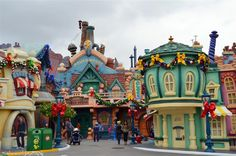 Disneyland Toon Town during the holidays
