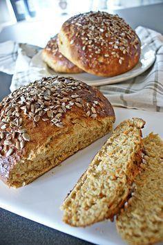 Raw Food Recipes, Bread Recipes, Baking Recipes, Savoury Baking, Bread Baking, Macedonian Food, Pain, I Foods, Food Inspiration