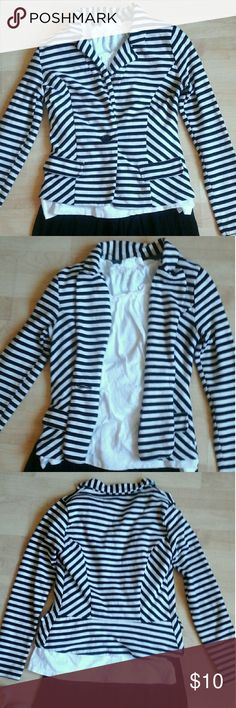 New!🎉💫a.n.a. Soft Cotton Striped Blazer This blazer is SO CUTE! It makes everything look perfectly put together yet it's such a simple piece. I've paired it with dresses, skirts, culottes, other patterns and florals and it looks good every time. It's made of super soft cotton so it's comfortable on and easy to care for. Pair it with multiple other pieces for sale in my closet and you've got yourself a brand new wardrobe! The varied stripe directions and hint of a peplum make this a go-to…
