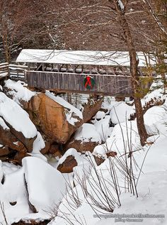 Sentinel Pine Bridge- Flime in Franconia Notch, Lincoln, NH. built in 1939 and named after a great pine at the site that was blown over in the 1938 hurricane. Old Bridges, Les Religions, Christmas Scenes, White Christmas, Christmas Time, Merry Christmas, Winter Scenery, All Nature, Snow Scenes