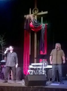 Voices of Rock Tour 2014 kickoff : John W. Schlitt (formerly of Petra and Head East) and John Elefante (formerly of Petra and Kansas).