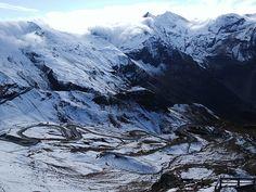 August-September Mount Everest, September, Mountains, Nature, Travel, Europe, 4x4 Camper Van, Naturaleza, Viajes
