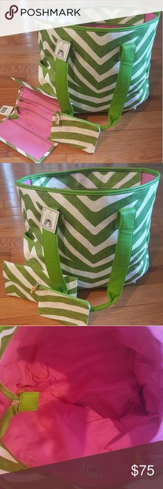 NEW, Toss Designs Tote Set With Accessories New, Tote With Wallet and ID Carrying Case Accessories, Green And White Chevron. TOTE: Zippered Top With Bamboo Toggle On Zipper, Pink Inside, 18 In. Wide, 14 In. Deep, 9 In. Handle Drop, 6 In. Deep Side Pockets On Each Side,  8 1/2 In. Wide,  6 In. Deep Inside Zippered Pocket With Bamboo Toggle On Zipper. WALLET: 8 1/2 In. Across, 12 In. Opened, Pink Inside, 4 Inside Zippered Pockets With Tassles, 2 Flap Pockets, Inside StrapMagnetic Snap Closure…