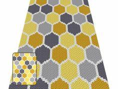 Bee Honeycomb Crochet Blanket Pattern All Free Crochet, Easy Crochet, Corner To Corner Crochet, Bee Honeycomb, Tapestry Crochet, Afghan Crochet Patterns, So Little Time, Crochet Tutorials, Crochet Projects