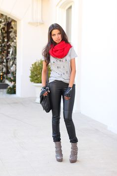 Red scarf<3