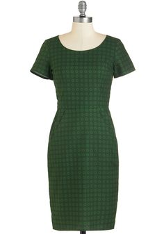 Blossoming Biographer Dress. Delve into the fascinating life of your greatest inspiration in this emerald-green dress! #green #modcloth