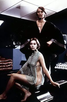 xoxoxo e: film favorite: logan's run