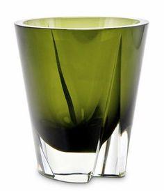 Hopea, Saara - Maljakko Glass Vessel, Glass Art, Glass Design, Design Art, Psychological Effects Of Color, Spirited Art, Vintage Pottery, Scandinavian Design, Finland
