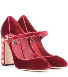 DOLCE & GABBANA Exclusive To Mytheresa.Com – Embellished Velvet Pumps. #dolcegabbana #shoes #pumps