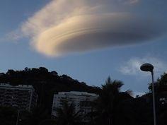Nuvem-lenticular-no-Rio-de-Janeiro-em-18-de-janeiro-de-2014