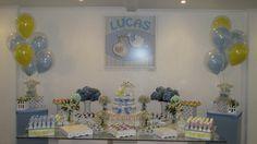 Arranjos de balões duplos para a mesa principal para chá de bebê.  Crédito: Balão e fotos: Balão Cultura Créditos: Balões e filme: Balão Cultura  Gostou? Contate-nos: www.balaocultura.com.br Telefones: 11 50816916 ou 11 39049892  #chadebebe #babyshower #decoraçãodeovelhinha #decoraçãodeovelha #decoraçãodeovelhanobalao #balaodecoracao #qualatex #decoraçãodiferente #decoraçãocriativa #encontraideias #mamaefesteira #balaocultura