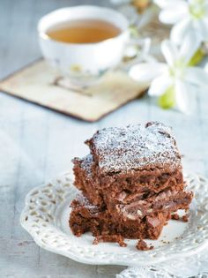 Our tahini brownie is anything but an average brownie. It's moist, full of chocolate, with a generous swirl of tahini, which takes this dessert to a whole new level of flavor bliss! Greek Sweets, Russian Recipes, Chocolate Brownies, Everyday Food, Tahini, Going Vegan, Fun Desserts, Vegan Gluten Free, Cake Recipes
