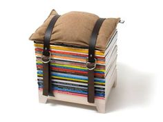 A Chic Perch of Periodicals