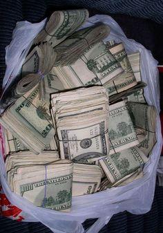 My goals involve lots of cash money. Mo Money, How To Get Money, Money Fast, Money Lei, Cash Money, Money On My Mind, Money Stacks, Money Affirmations