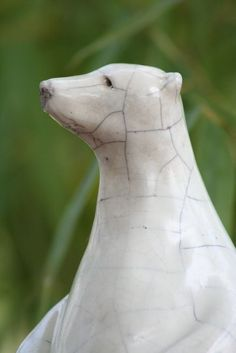 B.Garimbay, Sculpteur Raku Pottery, Pottery Art, We Bear, Sculpting, Garden Sculpture, Polar Bears, Wood Crafts, Bowls, Animals
