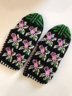 Handmade Slippers / Socks / Booties Turkish Knitted slippers Authentic footwear Traditional Socks If you are interested in cultural patterns, ornamental designs or original regional materials, these slippers are just for you as they are %100 Turkish design, knitted in the Middle Anatolia.