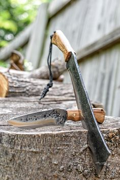 Buck Knives, Cool Knives, Knives And Swords, Survival Tools, Survival Knife, Rifles, Bushcraft, Blacksmithing Knives, Hand Forged Knife