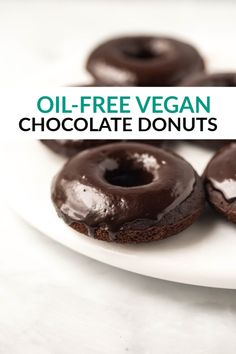 These are the BEST Vegan Chocolate Donuts EVER! Baked, moist, fluffy, nobody will know they are gluten-free & oil-free! Only 8 ingredients! Easy No Bake Desserts, Vegan Dessert Recipes, Donut Recipes, Vegan Sweets, Desert Recipes, Vegetarian Desserts, Best Vegan Chocolate, Chocolate Donuts, Gluten Free Chocolate