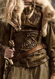 this would be my cosplay for Yogscast Hannah's minecraft character Lomadia Character Aesthetic, Character Design, Vikings, Half Elf, Viking Aesthetic, Hawke Dragon Age, Viking Costume, Valkyrie Costume, Viking Garb