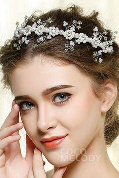 New Arrival White Alloy Wedding Headpiece with Rhinestone and Imitation Pearl #FG-034 #cocomelody #headpiece