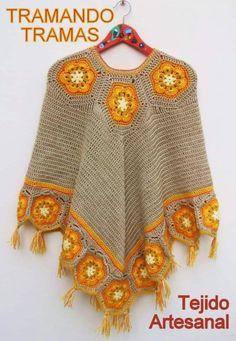 Best Crochet Designs Crochet Poncho Free Pattern - Lots Of Inspiration Shawl Crochet, Crochet Poncho Patterns, Knitted Poncho, Crochet Granny, Crochet Scarves, Crochet Clothes, Knit Crochet, Crochet Vests, Scarf Patterns