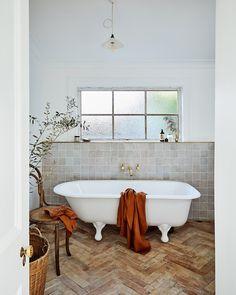 100% Linen Waffle Bath Towel in Rust – Bed Threads