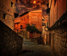 Travel guide to Spain....beautiful photos!