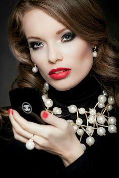 Chanel-makeup by Krisztina Pásztor
