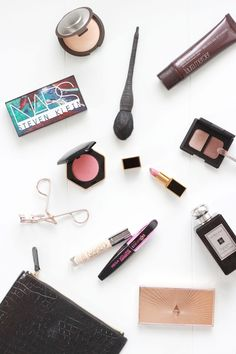 What's In My Makeup Bag | Travel Edition
